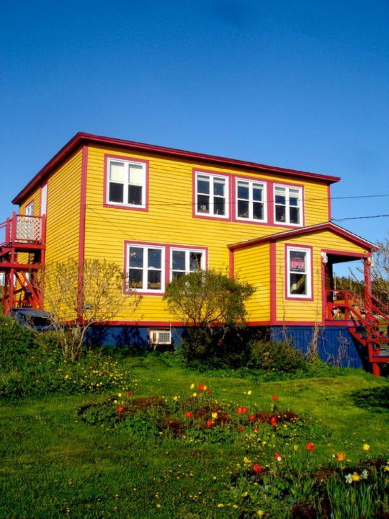 Java Jacks Yellow House